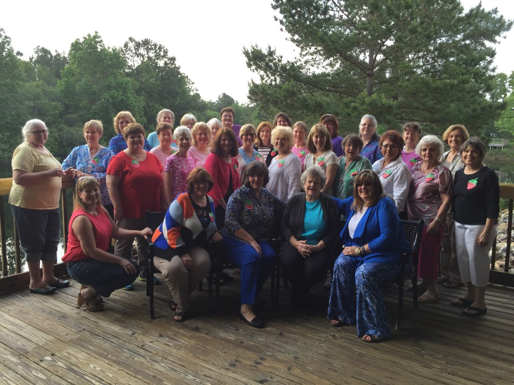2015 Spring Tea & Stitches group photo